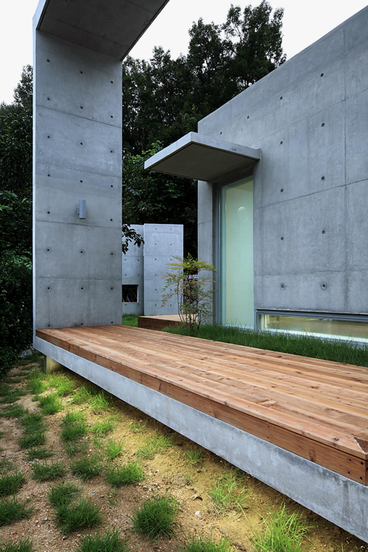 52f1a5e1e8e44e0b6d0000d7_mun-jeong-heon-a-m-architects_a6