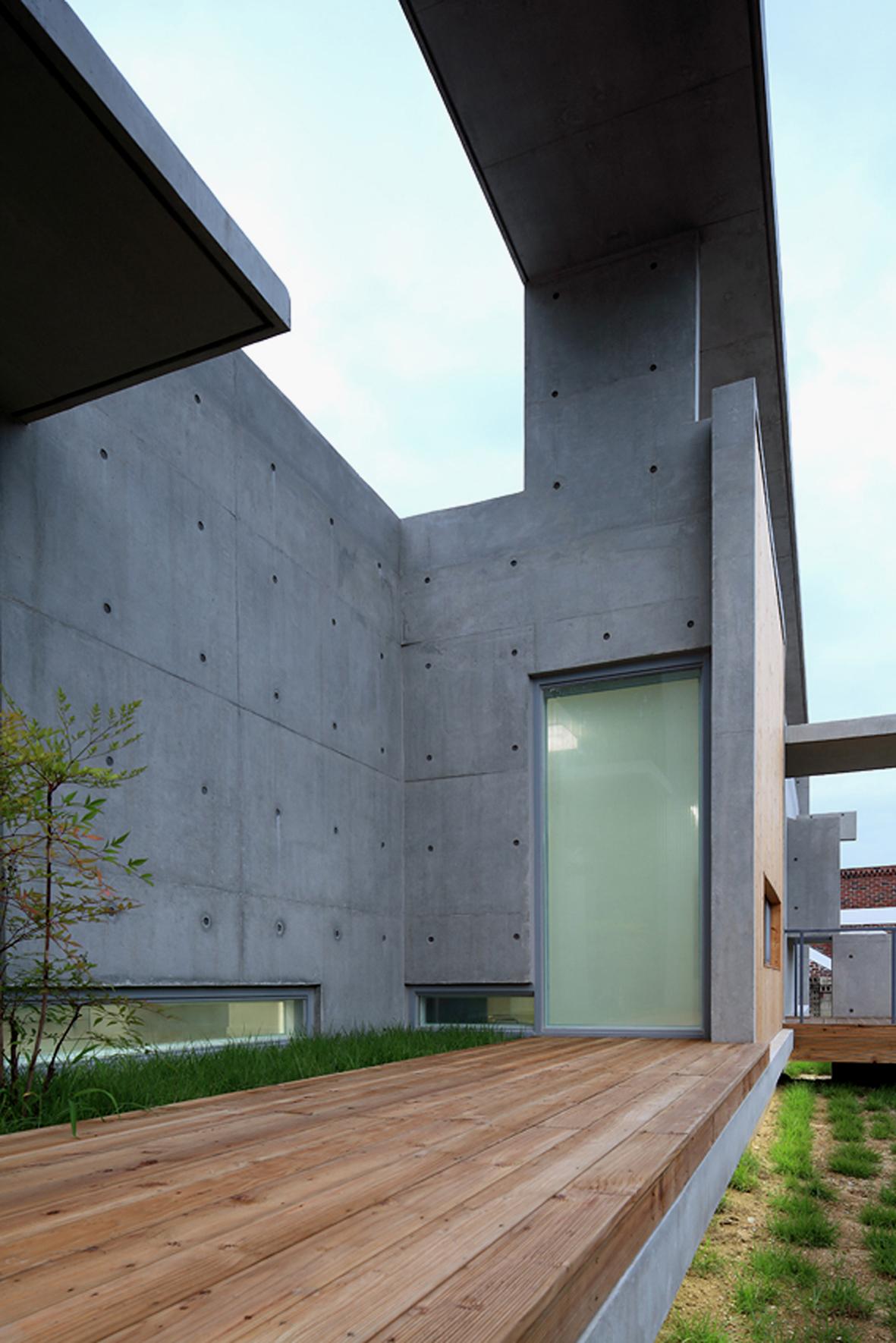 52f1a5f4e8e44e0b6d0000d8_mun-jeong-heon-a-m-architects_a7