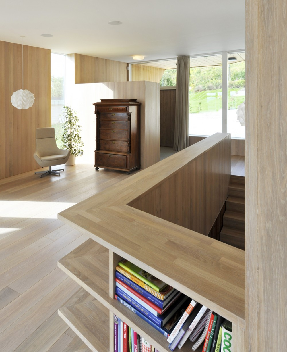 533b86fec07a807cd5000083_casa-dividida-jva_splithouse_interior_living_room-1000x1225