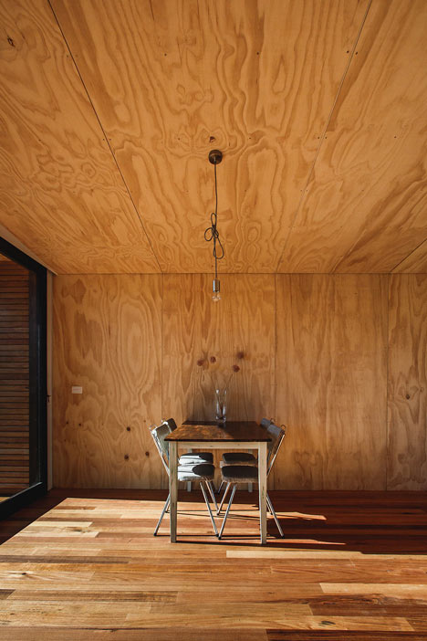 Pump-House-by-Branch-Studio-Architects_dezeen_8