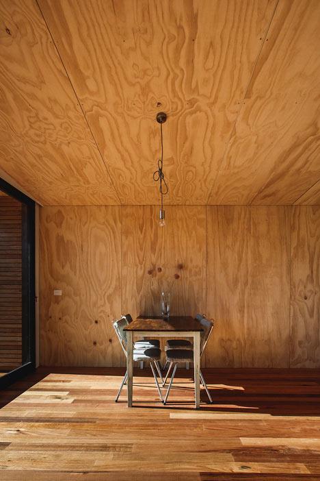 Pump-House-by-Branch-Studio-Architects_dezeen_8