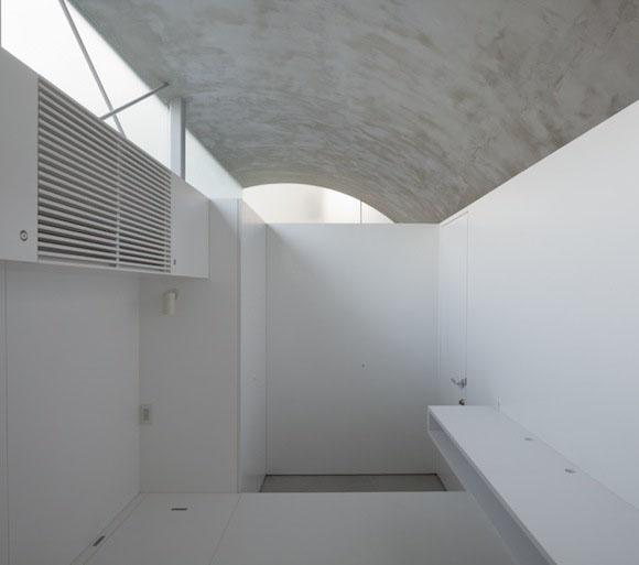 Casa túnel de Makiko Tsukada Architects