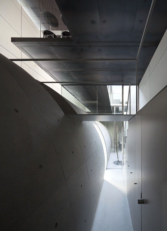 Casa túnel de Makiko Tsukada Architects