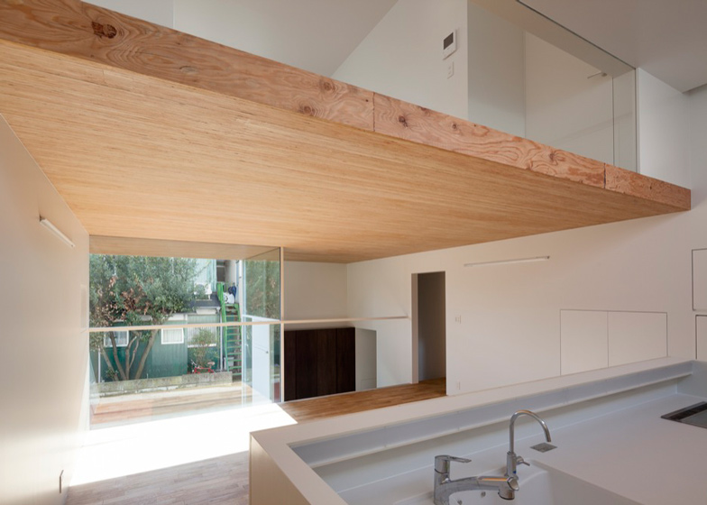 Casa KKZ de International Royal Architecture