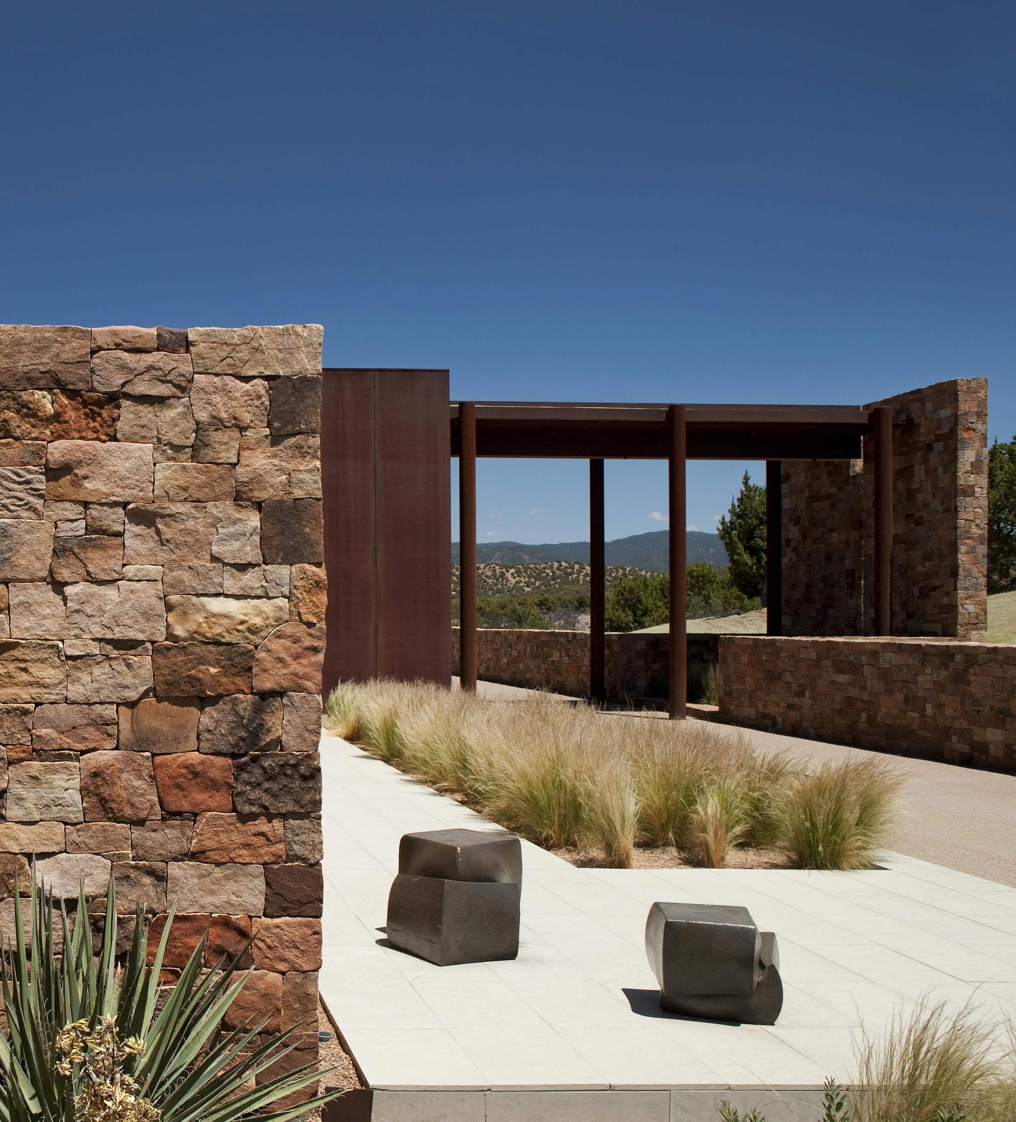 Casa Valle Escondido / Bucchieri Architects