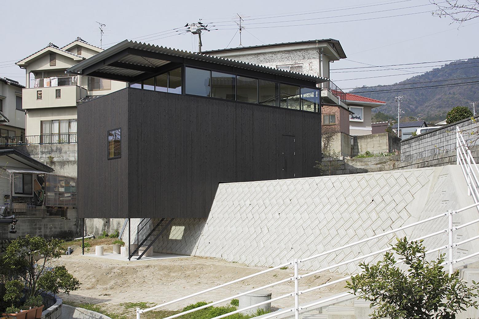 540ea15ac07a802ff5000173_house-in-miyake-hidetaka-nakahara-architects-yoshio-ohno-architects_oono_miyake_140407_011